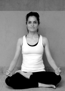 Professeure de yoga Paris - Mandana